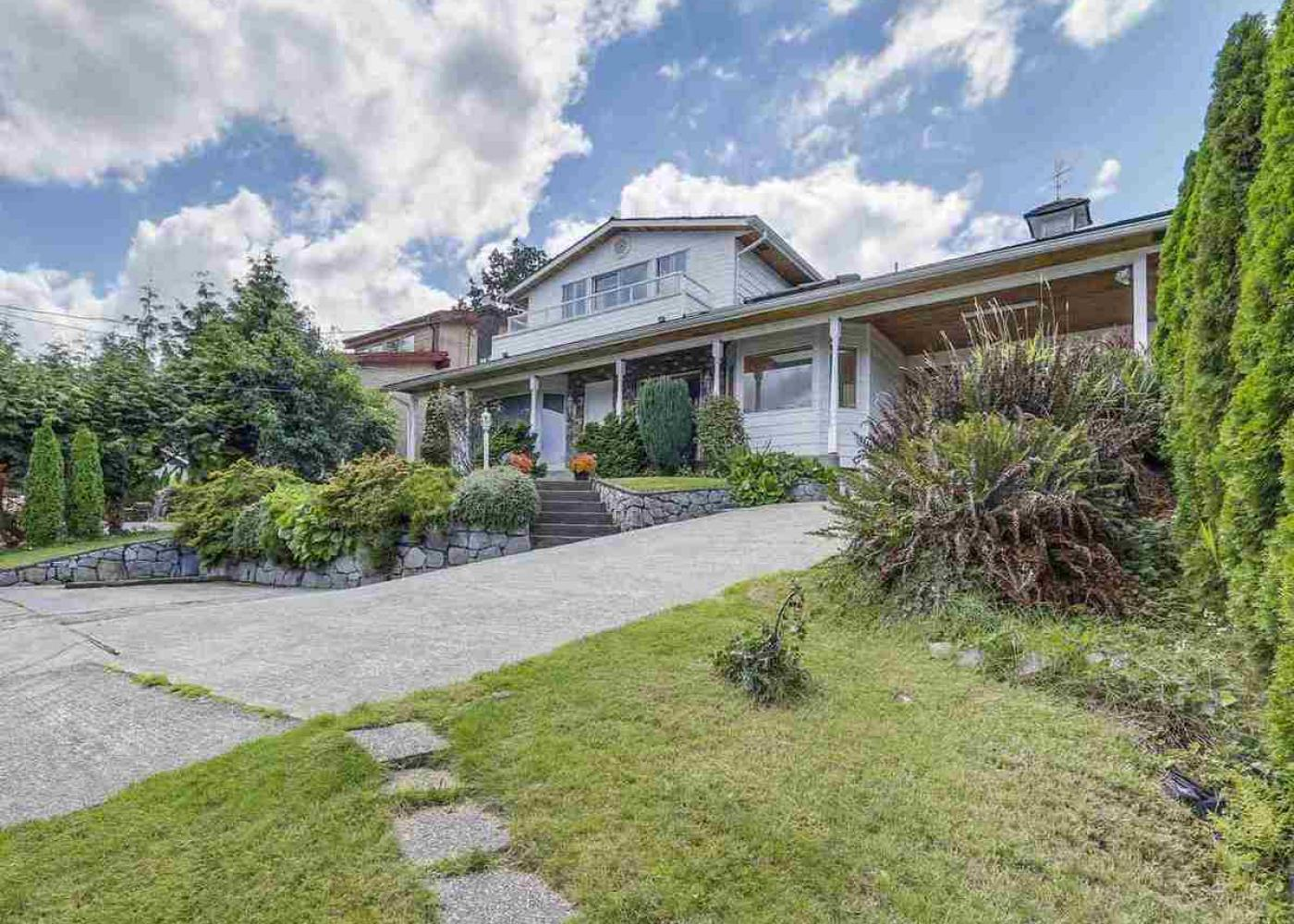 677 N Dollarton Highway, Dollarton, North Vancouver