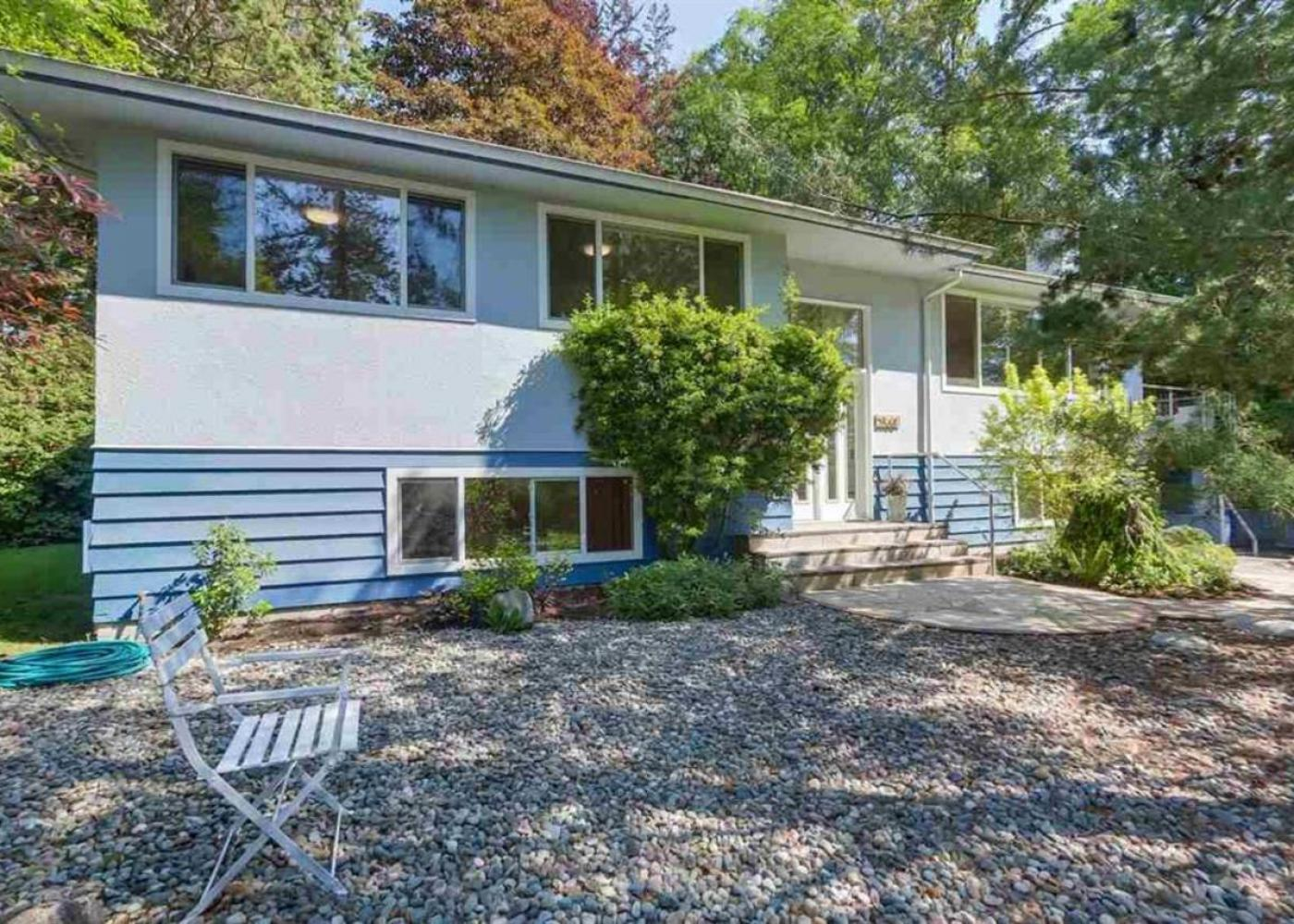 2568 Byron Road, Blueridge NV, North Vancouver