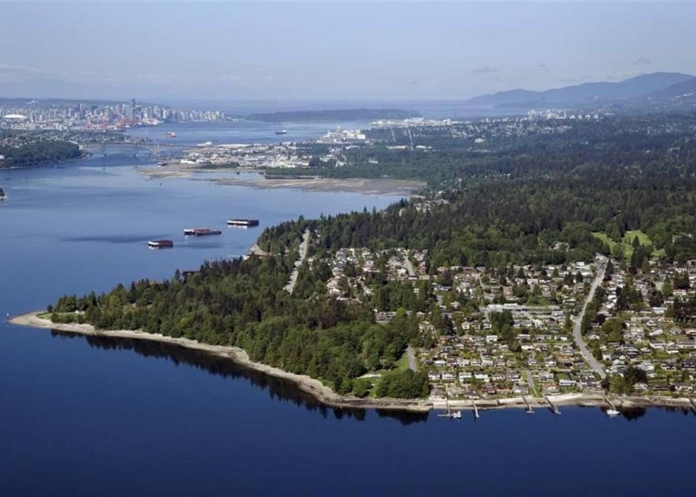 351 Beachview Drive, Dollarton, North Vancouver
